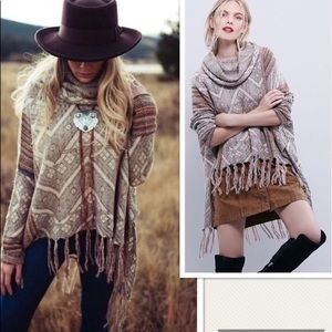 Free People🍂Be the One Poncho Sweater Cowl Neck